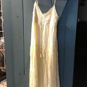 Ivory maxi, worn once